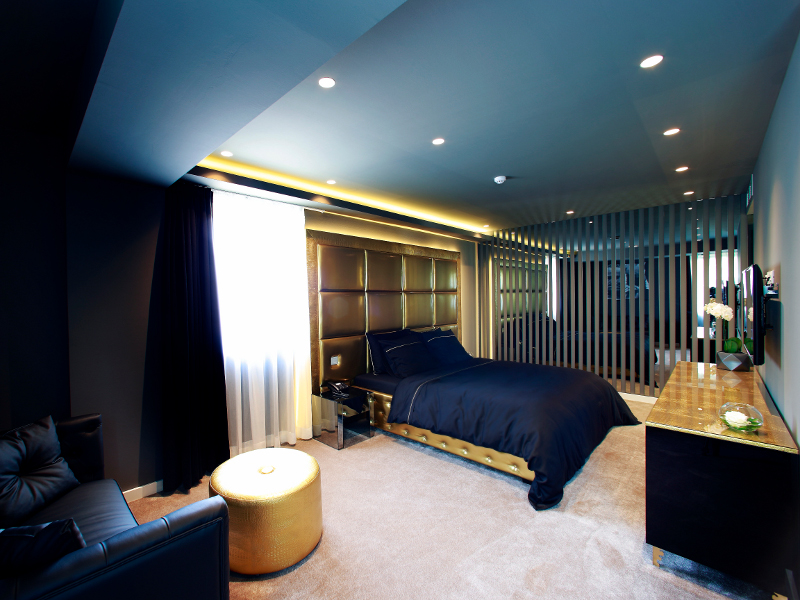 Grand Luxury Golden Room