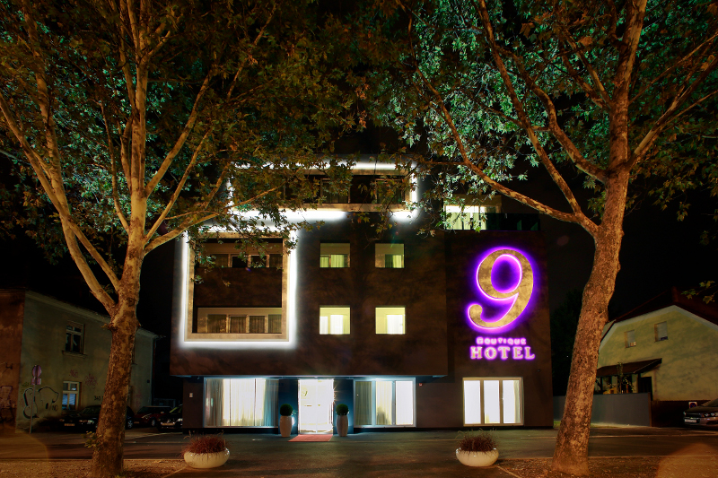 Welcome to the Boutique Hotel 9!